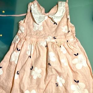 Toddler dress pink w flowers, white collar and tie